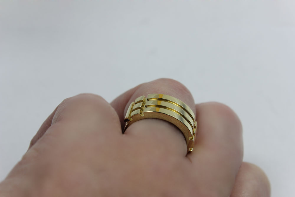 Atlantis ring 18 K Gold