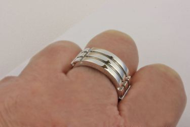 Atlantis Ring White Gold